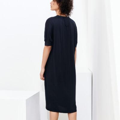 Dim dress